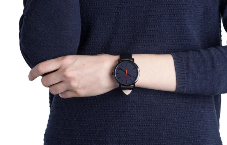 Zegarek Timex T2N794 skórzany pasek na ręku
