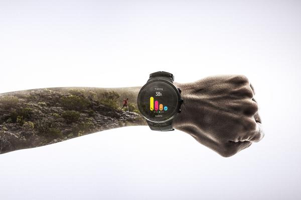 Niezwykle dokładny monitoring tętna w zegarku Suunto Spartan Ultra White GPS (HR) SS022660000