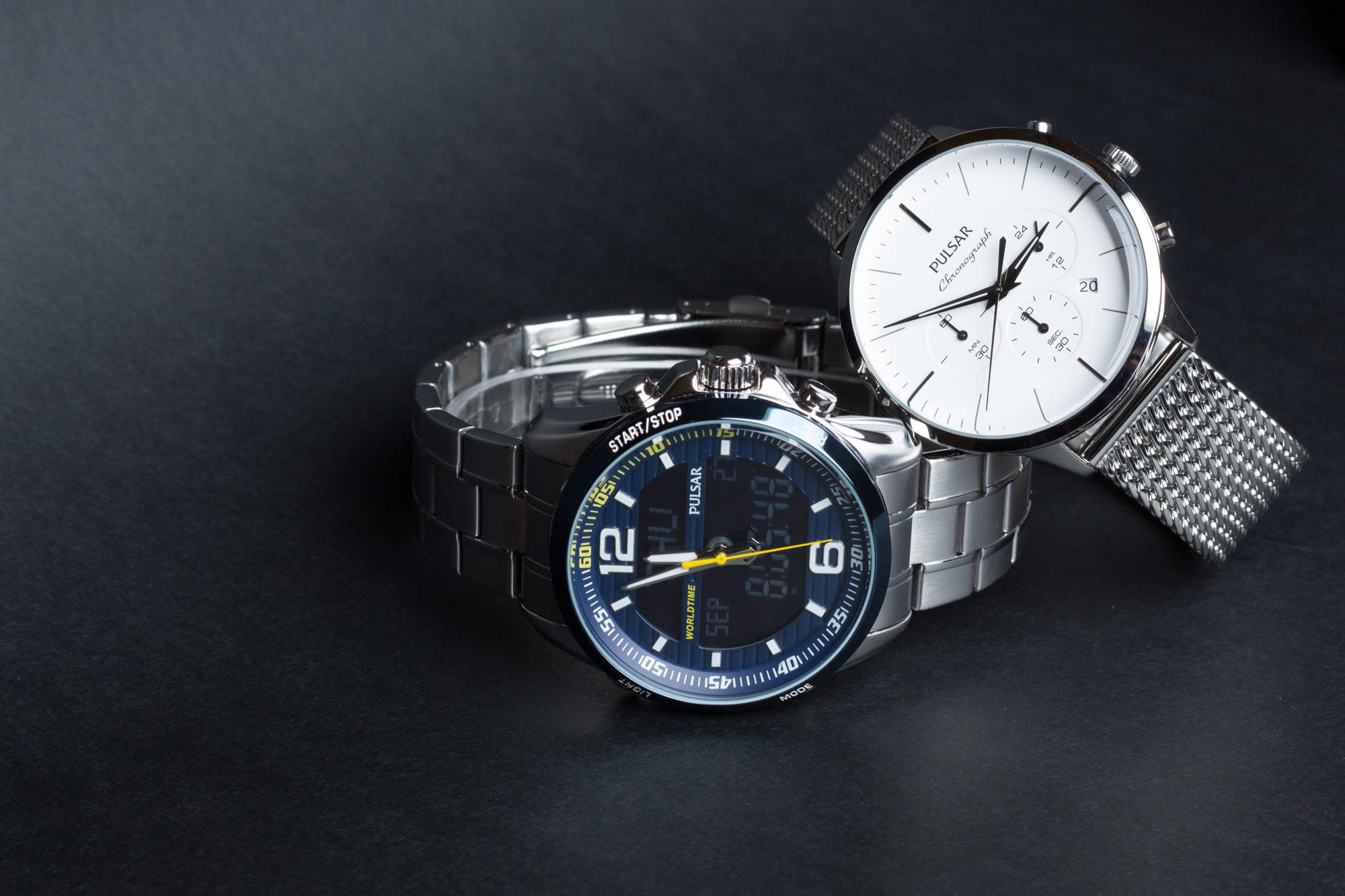 dwa zegarki Pulsar zdjęcie zbiorowe