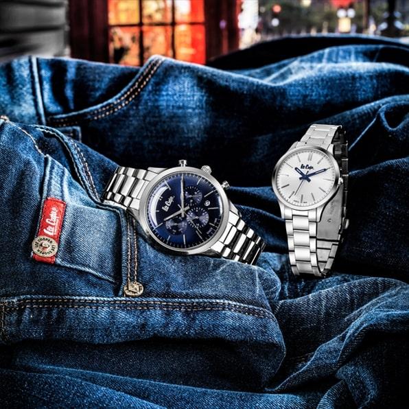 srebrne zegarki Lee Cooper z niebieską i białą tarczą