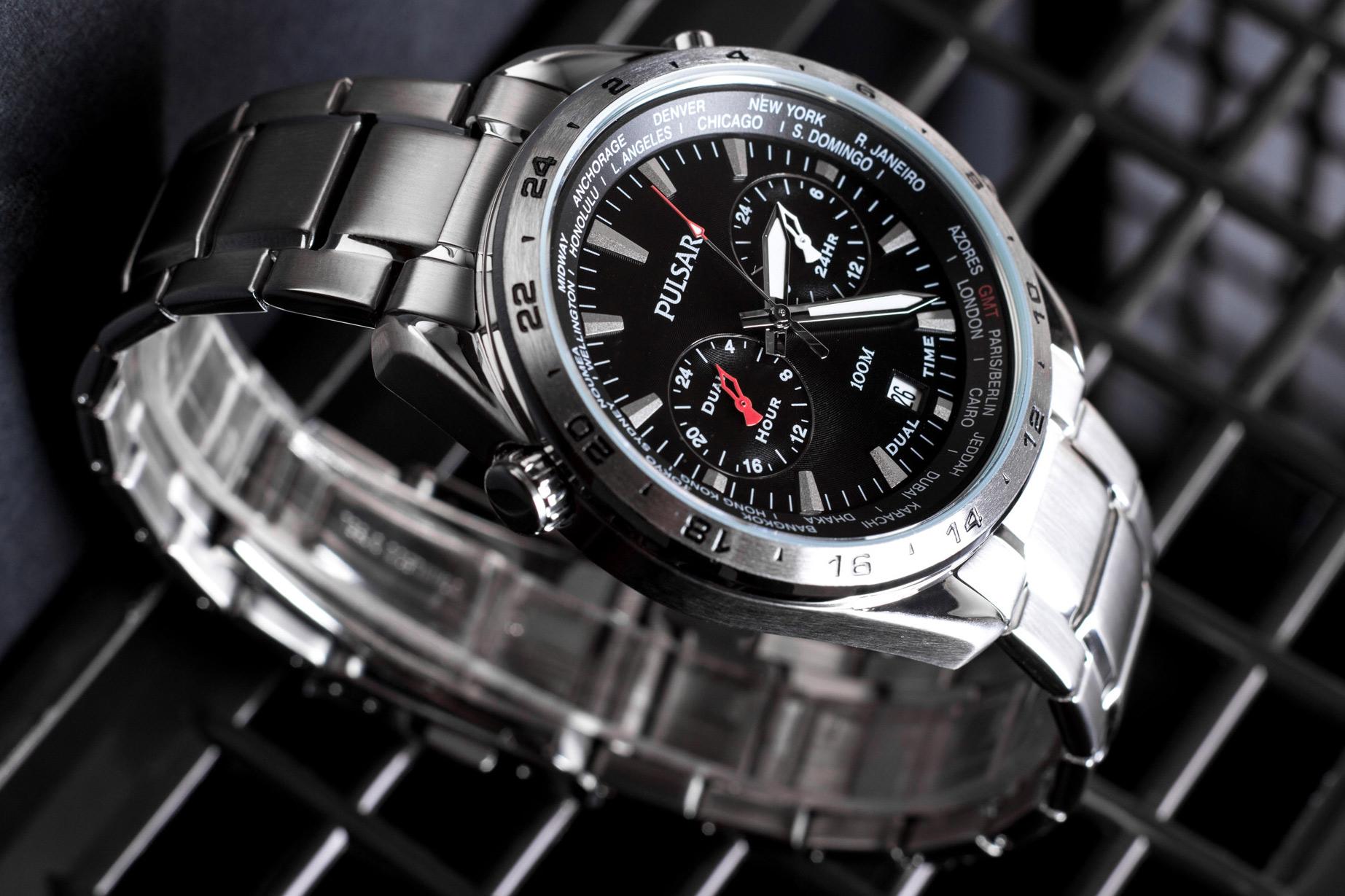 zegarek Pulsar czarna tarcza